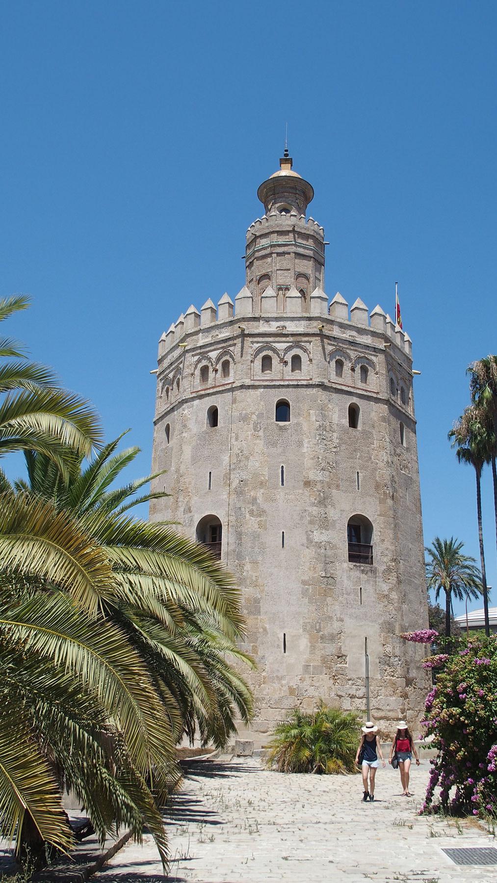 Dekorative Tür in der Medina von Rabat